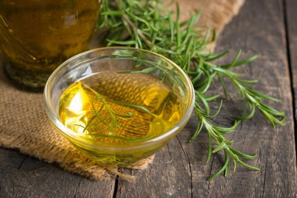 aceite romero celulitis